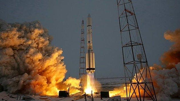 Rusya yeni meteoroloji uydusunu fırlattı