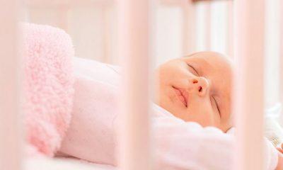 Aylara göre bebeklerin uyku ihtiyacı ve uyuma süreleri
