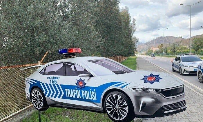 """""""Türkiye'nin Otomobili"""" maket trafik polis aracı oldu"""