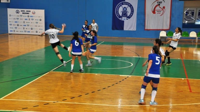 Rize Pazarspor'u 45-29 yenerek yara sardı.