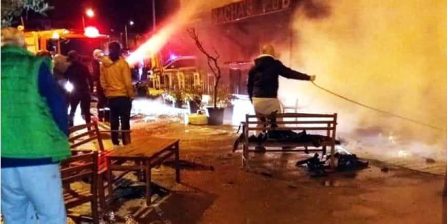 Bodrum'da işyeri yangını kabus yaşattı.