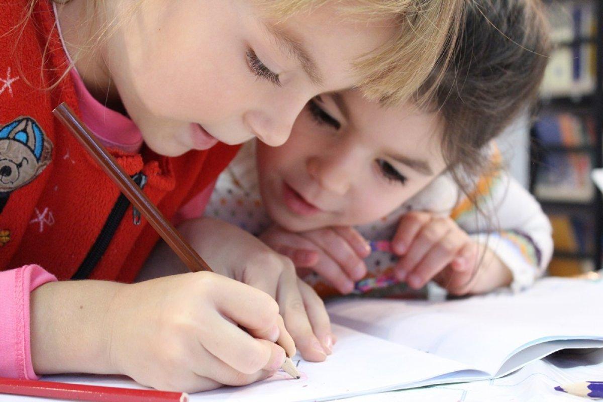 Evde kalma sürecinde çocukların duygularını ihmal etmeyelim