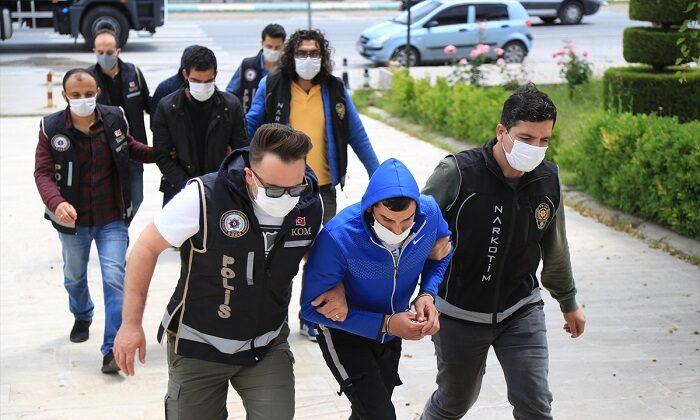 Uyuşturucu operasyonunda gözaltına alınan 3 şüpheli tutuklandı
