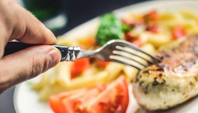 Karantina sürecinde de bağışıklığı destekleyen beslenme modeli uygulanmalı
