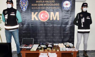 Muğla'da tefecilik operasyonunda 9 kişi yakalandı.