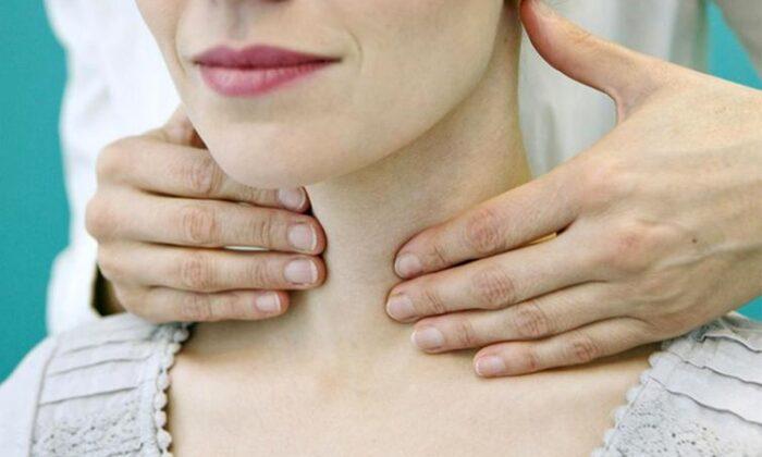 Ses kısıklığı neden olur boyun kanseri habercisi olabilir!
