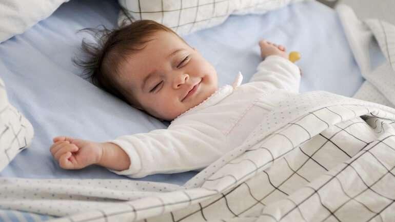 Bebeklerin Uyku Düzenini Oluşturmak İçin Yapmanız Gerekenler