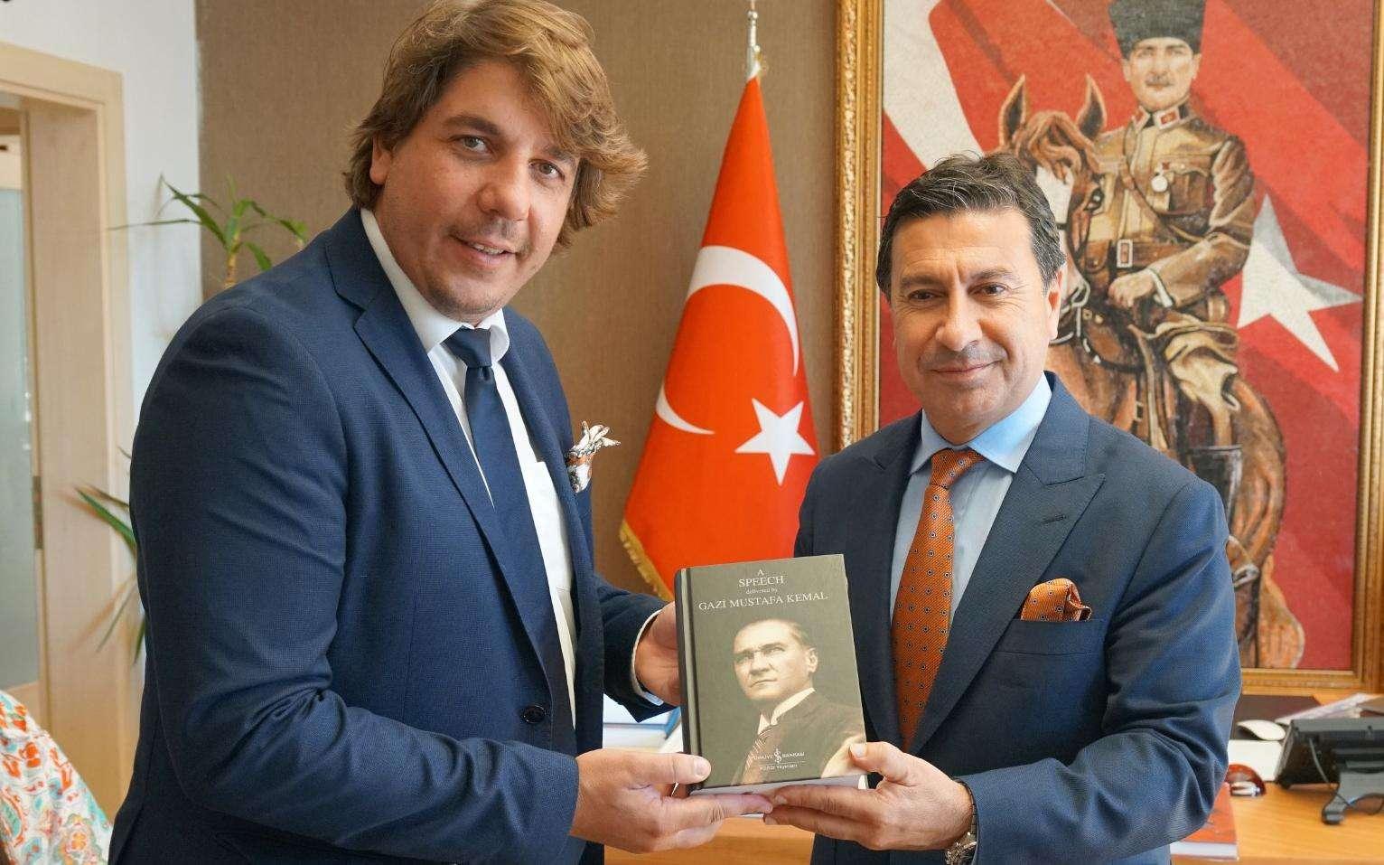 Budva şehrinden gelen kültür ve turizm heyeti, Ahmet Aras'ı ziyaret etti.