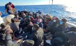 Türk kara sularına geri itilen 84 düzensiz göçmen kurtarıldı