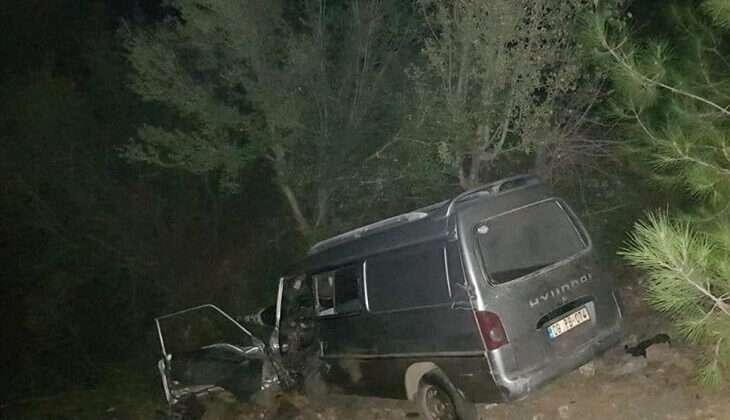 İki kamyonetin çarpışması sonucu 1 kişi öldü, 1 kişi yaralandı
