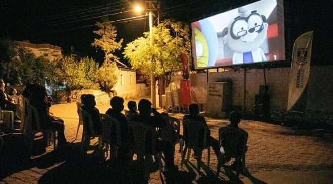 """Bodrum'un mahallelerinde """"Sarı Yaz Sinema Günleri"""" düzenleniyor"""